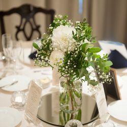 ブーケ 高砂ゲストテーブル装花の写真 3枚目