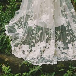 披露宴ドレスの写真 1枚目