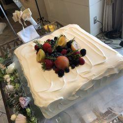 高砂装花、ウェディングケーキの写真 1枚目