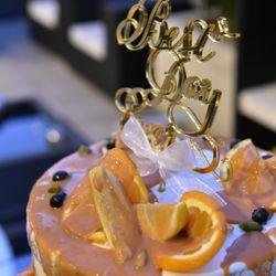 カラードリップケーキの写真 1枚目