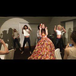 余興 踊る花嫁の写真 1枚目