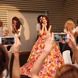 余興 踊る花嫁の写真 3枚目