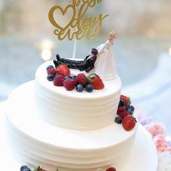 ケーキ、ファーストバイトの写真 2枚目