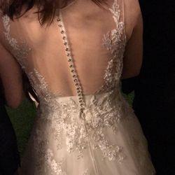 ウェディングドレスの写真 3枚目