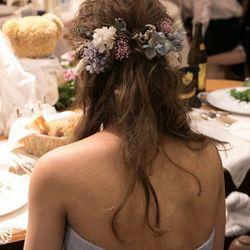 ドレス、ブライダルヘアの写真 1枚目