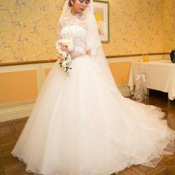ドレス、ブライダルヘアの写真 15枚目