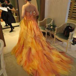 カラードレス試着の写真 2枚目