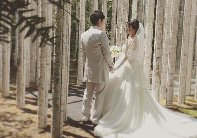 軽井沢ニューアートウエディング 風通る白樺と苔の森のカバー写真