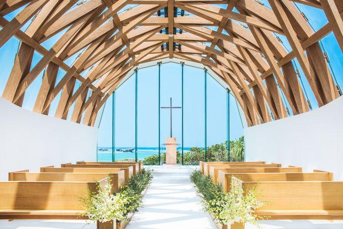 瀬良垣島教会のカバー写真