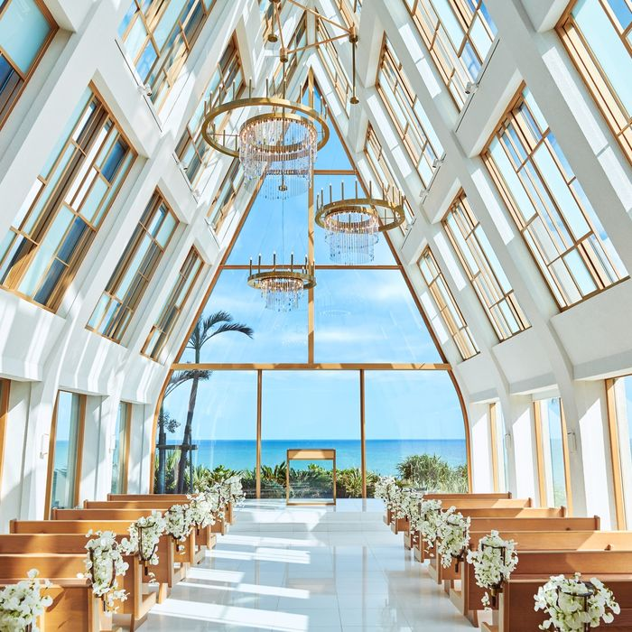 美らの教会(ザ・ギノザリゾート)の公式写真1枚目