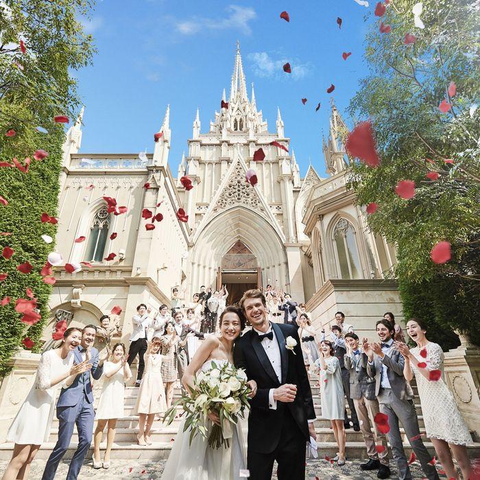 公式さんの青山セントグレース大聖堂カバー写真