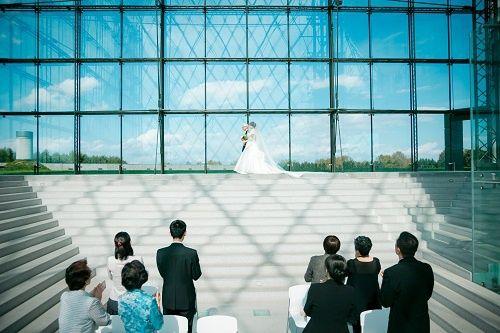 モエレ沼公園 ガラスのピラミッド(C.RELATIONSプロデュース)の公式写真2枚目