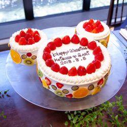 ケーキ入刀、ファーストバイトの写真 5枚目