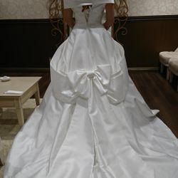 ウェディングドレスの写真 33枚目