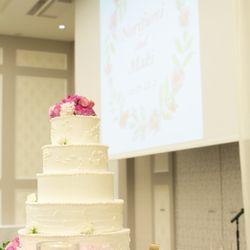 会場装花、ケーキ、ブーケの写真 4枚目