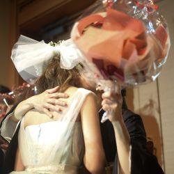 両親へ花束贈呈の写真 1枚目