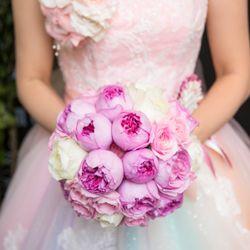 装花(ブーケ、挙式会場、披露宴会場、カラードレス時の生花のヘアアレンジ)の写真 18枚目