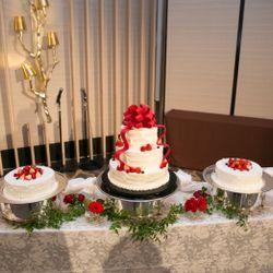 テーブル&ウエディングケーキの写真 3枚目