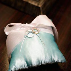 披露宴会場 料理 ブーケ 装花 小物 ケーキ 指輪 両親贈呈品 プチギフトなど の写真 12枚目