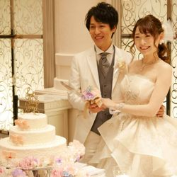 ケーキ入刀〜ファーストバイトの写真 1枚目