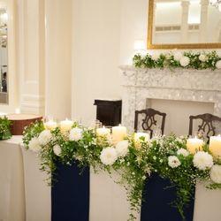 ブーケ 高砂ゲストテーブル装花の写真 2枚目