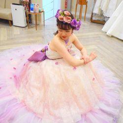 ★カラードレス衣装合わせの写真 1枚目