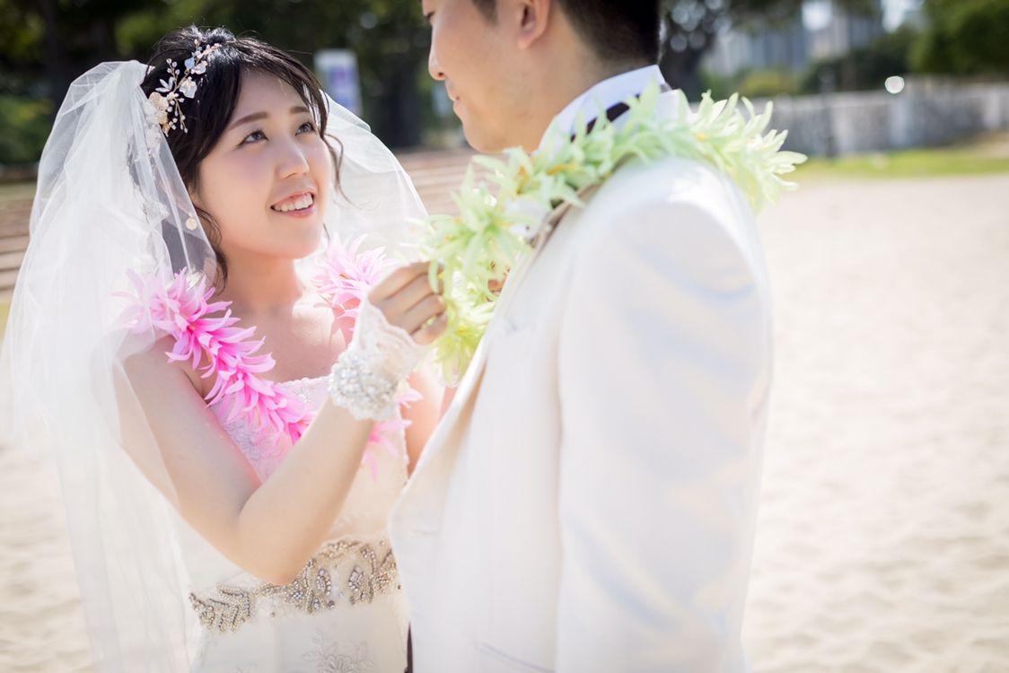 02295fd31b171 なので、結婚式6ヶ月前に試着に行ったら自分が借りたいドレスはもう予約済み…。なんて事も十分ありえますし、花嫁から絶大な支持を誇る 《VERA  WANG》は製作に半年 ...