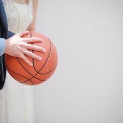 バスケットボールトスの写真 2枚目