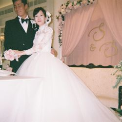 ケーキ入刀、ファーストバイトの写真 4枚目
