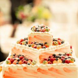 披露宴ウエディングケーキの写真 4枚目