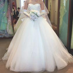 ウェディングドレスの写真 2枚目