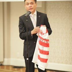 大畑大介さん・K-1皇治さんからメッセージ&ライカライフさんの歌の余興の写真 1枚目