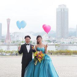 天気が悪くバルーンを式中に飛ばせなかったが、披露宴後、天気大丈夫なので新郎新婦で飛ばしましたの写真 1枚目