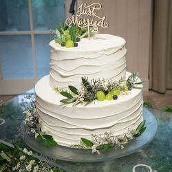 ウェディングケーキの写真 1枚目