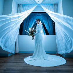 ウェディングドレスの写真 1枚目