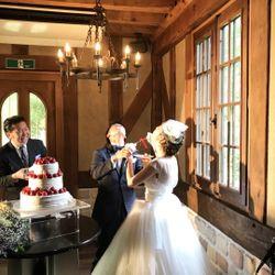 ウエディングケーキ、ケーキ入刀の写真 2枚目