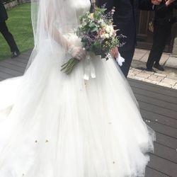 挙式前撮影:ウエディングドレスヘアアクセの写真 2枚目
