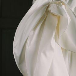挙式ドレスの写真 2枚目