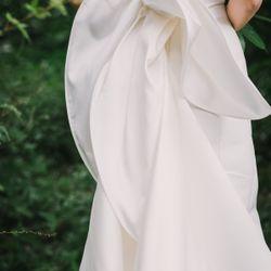 挙式ドレスの写真 4枚目
