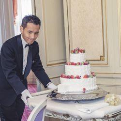 ケーキカットの写真 1枚目