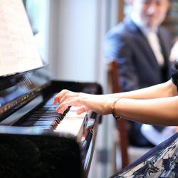 友人ピアノ演奏の写真 4枚目