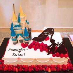 ケーキ、デザートビュッフェ、プチギフトの写真 8枚目