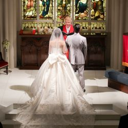 ウエディングドレスの写真 3枚目