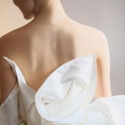 挙式ドレスの写真 6枚目