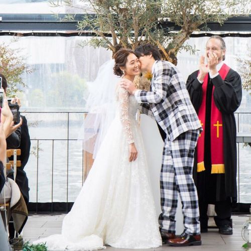 seike_weddingさんの中之島テラス # AND ME写真2枚目