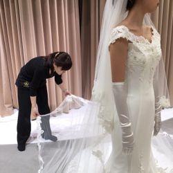 ウェディングドレスの写真 11枚目