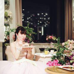 食いしん坊で陽気な花嫁の写真 1枚目