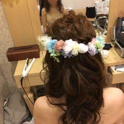 カラードレスヘアの写真 2枚目
