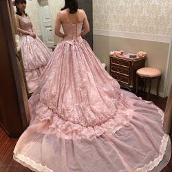 ドレスの写真 9枚目