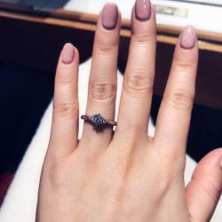 婚約指輪の写真 2枚目